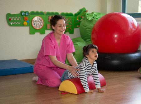 Centro de Atención Temprana Primeros Pasos de la Asociación AMENCER ASPACE Atención temprana para  niños y niñas con parálisis cerebral