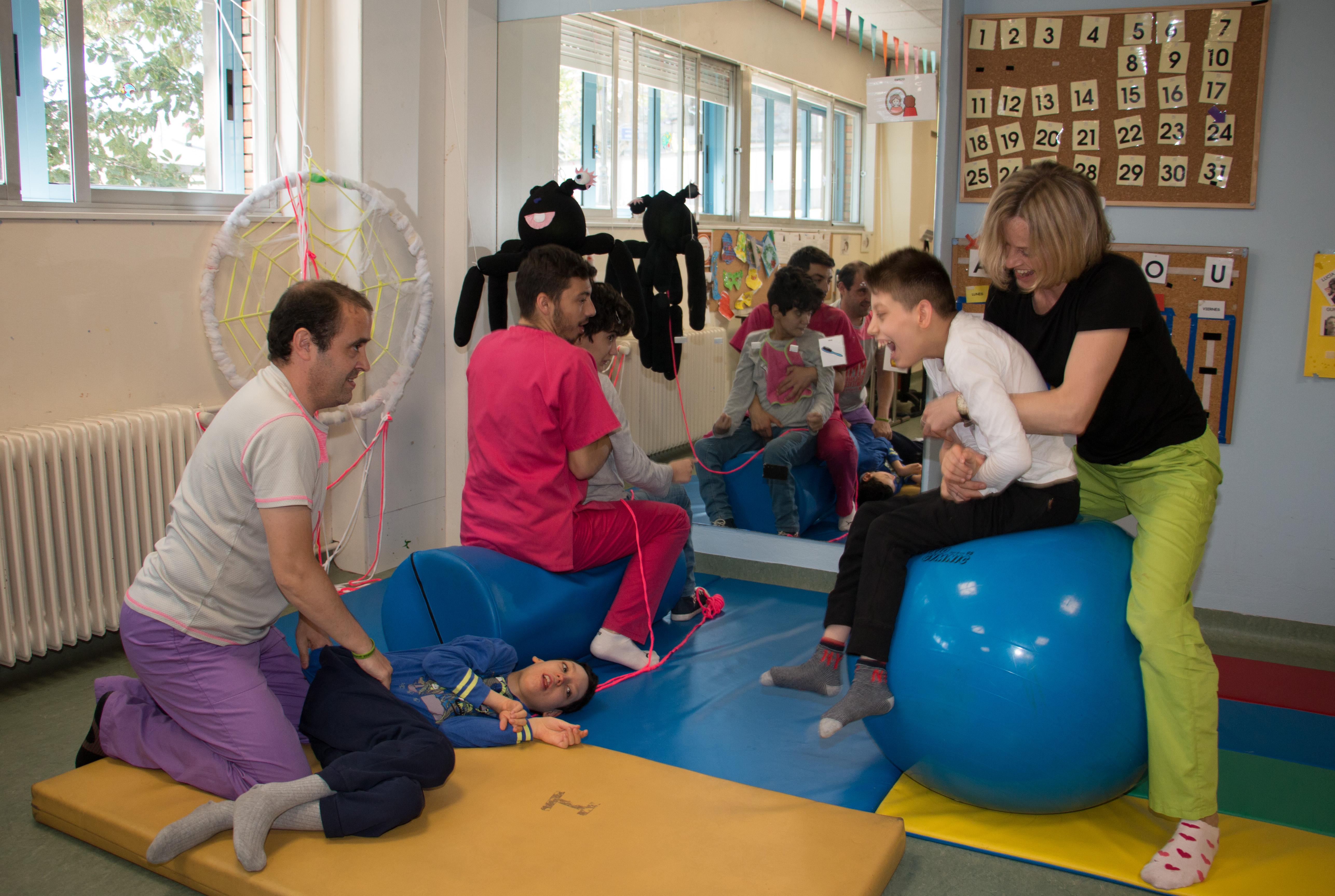 Actividades educativas en el Centro de Educación Especial AMENCER ASPACE Pontevedra